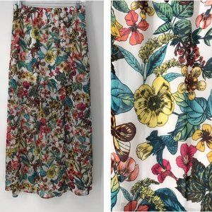 Happening in the present long floral skirt size M